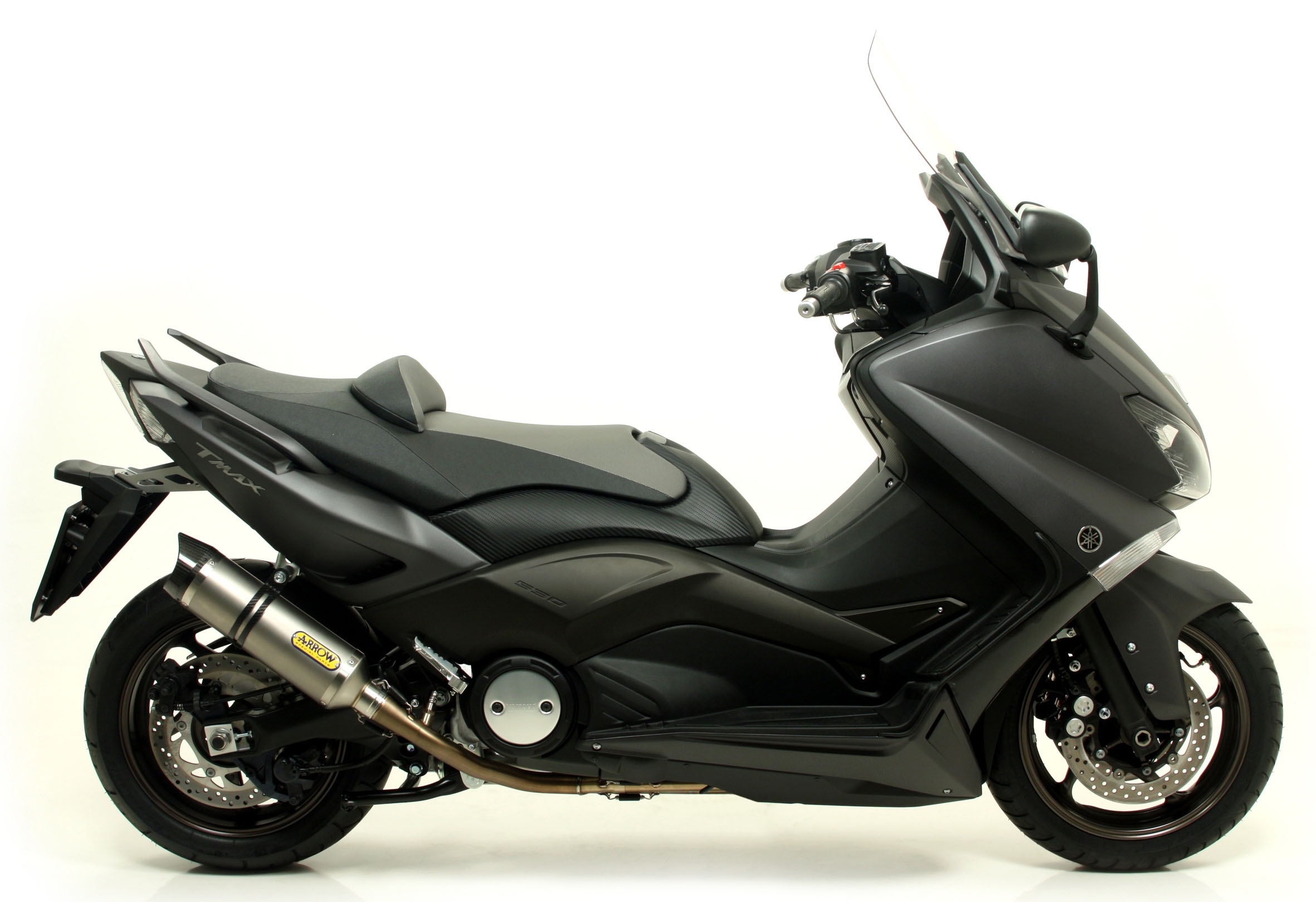 de l 39 arrow pour le yamaha tmax 530 le site suisse de l 39 information moto. Black Bedroom Furniture Sets. Home Design Ideas