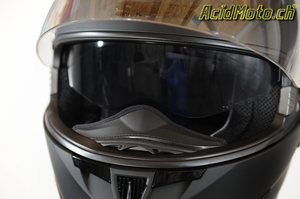 shark s900 sportif et l gant le site suisse de l 39 information moto. Black Bedroom Furniture Sets. Home Design Ideas