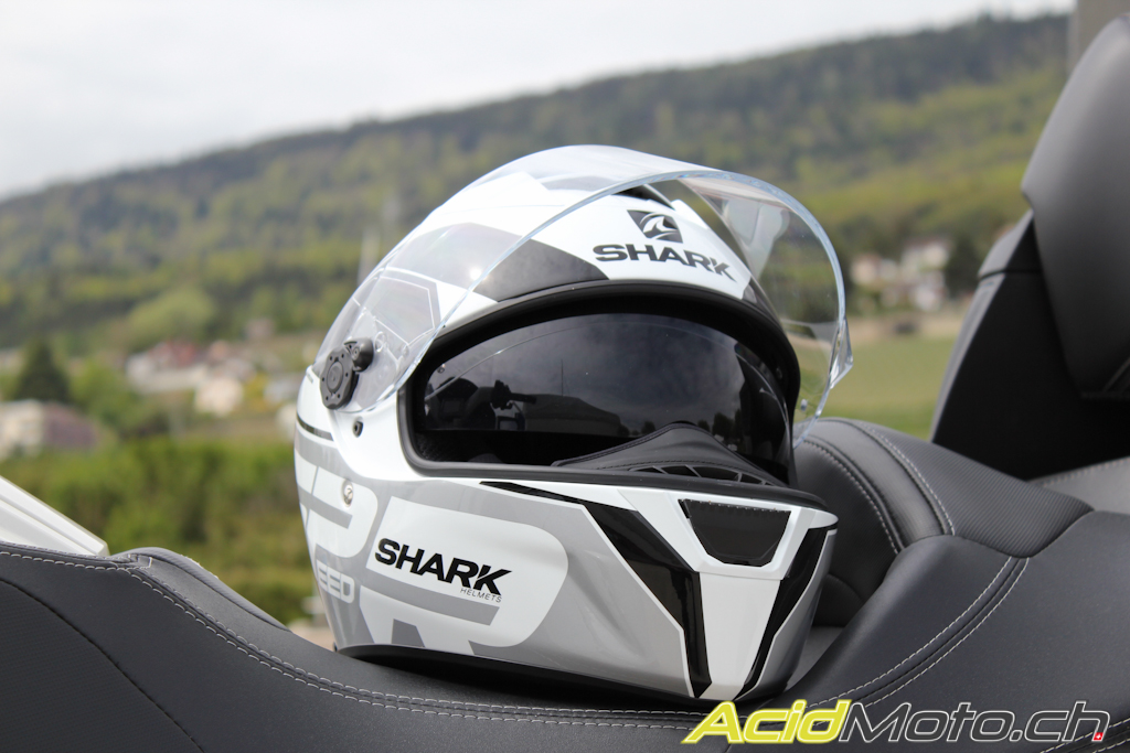 shark speed r le doux m lange racing touring le site suisse de l 39 information moto. Black Bedroom Furniture Sets. Home Design Ideas