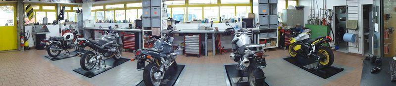 motos vionnet sa trois marques europ ennes en exposition le site suisse de l. Black Bedroom Furniture Sets. Home Design Ideas