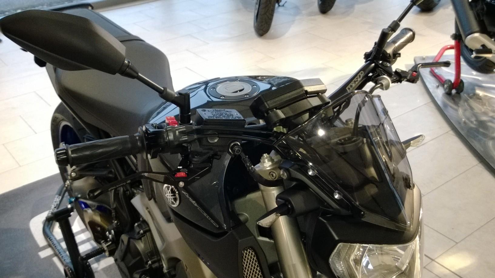 Yamaha MT-09 à la fribourgeoise par Lucky Motos » AcidMoto ...
