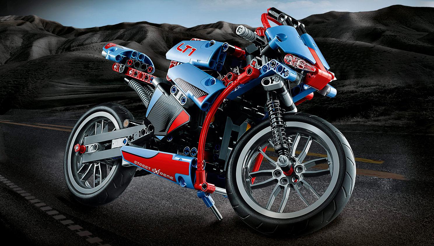 la nouvelle moto en lego technic supersportive ou cruiser le site suisse de l. Black Bedroom Furniture Sets. Home Design Ideas