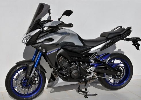 ermax personnalise la yamaha mt 09 tracer le site suisse de l 39 information moto. Black Bedroom Furniture Sets. Home Design Ideas