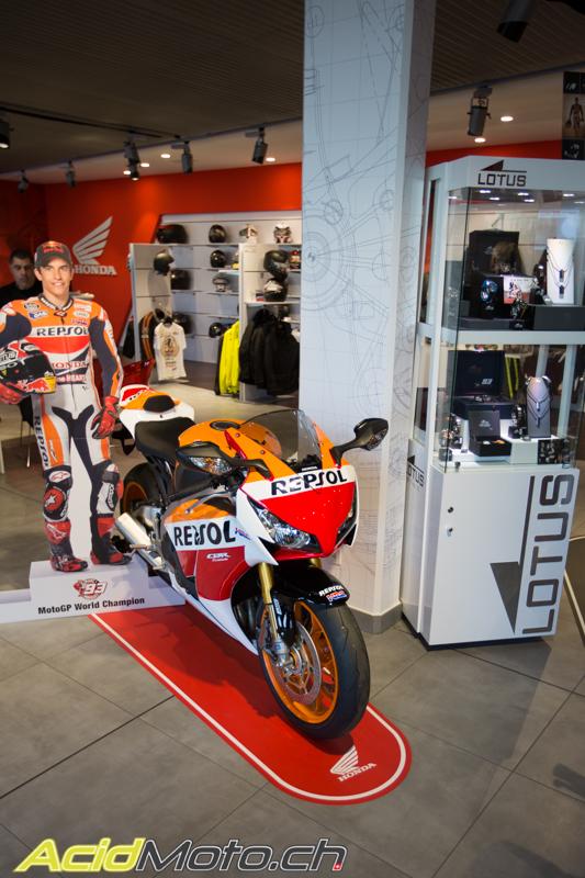 ristori motos gen ve inaugure son garage aux normes honda 2015 le site suisse. Black Bedroom Furniture Sets. Home Design Ideas