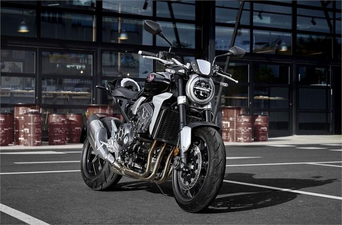 EICMA 2017 - Honda CB1000R - Un style plus Naked que