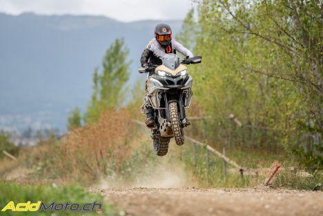 Vidéo: ça donne quoi, une Ducati Multistrada Enduro Pro sur un terrain de motocross?