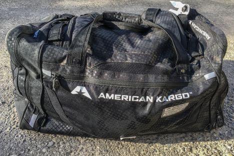 Essai American Kargo Gear Bag - Un sac de transport d'équipement moto compact