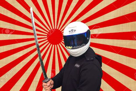 Essai du casque Kabuto RT33 - Le casque du Samouraï de la moto