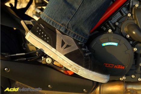 Essai des chaussures été Dainese Street Biker Air