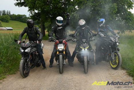 Comparatif gros roadsters - Adrénaline en tube! Kawasaki Z1000R Edition vs Triumph Speed Triple RS vs Ducati Monster 1200 S vs Yamaha MT-10
