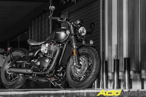 Essai Triumph Bonneville Bobber Black – Back in black !