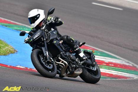 Essai Yamaha - Après la MT-09 SP, voici la MT-09 EVO !