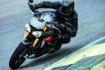 Triumph Speed Triple 1050 S et R 2016 - Toutes les informations et les photos