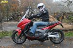 Essai du maxi-scooter Honda Integra NC750D