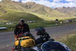 Ça coule de source - Deux Suisses font le tour du monde en Triumph Scrambler !