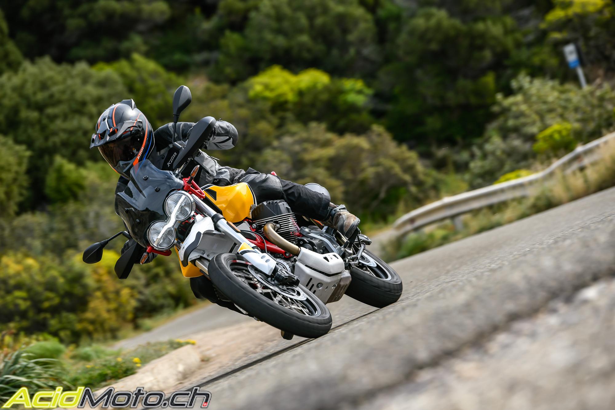 Le retour du trail chez Moto Guzzi : V 85 TT Guzziv85tt-31023