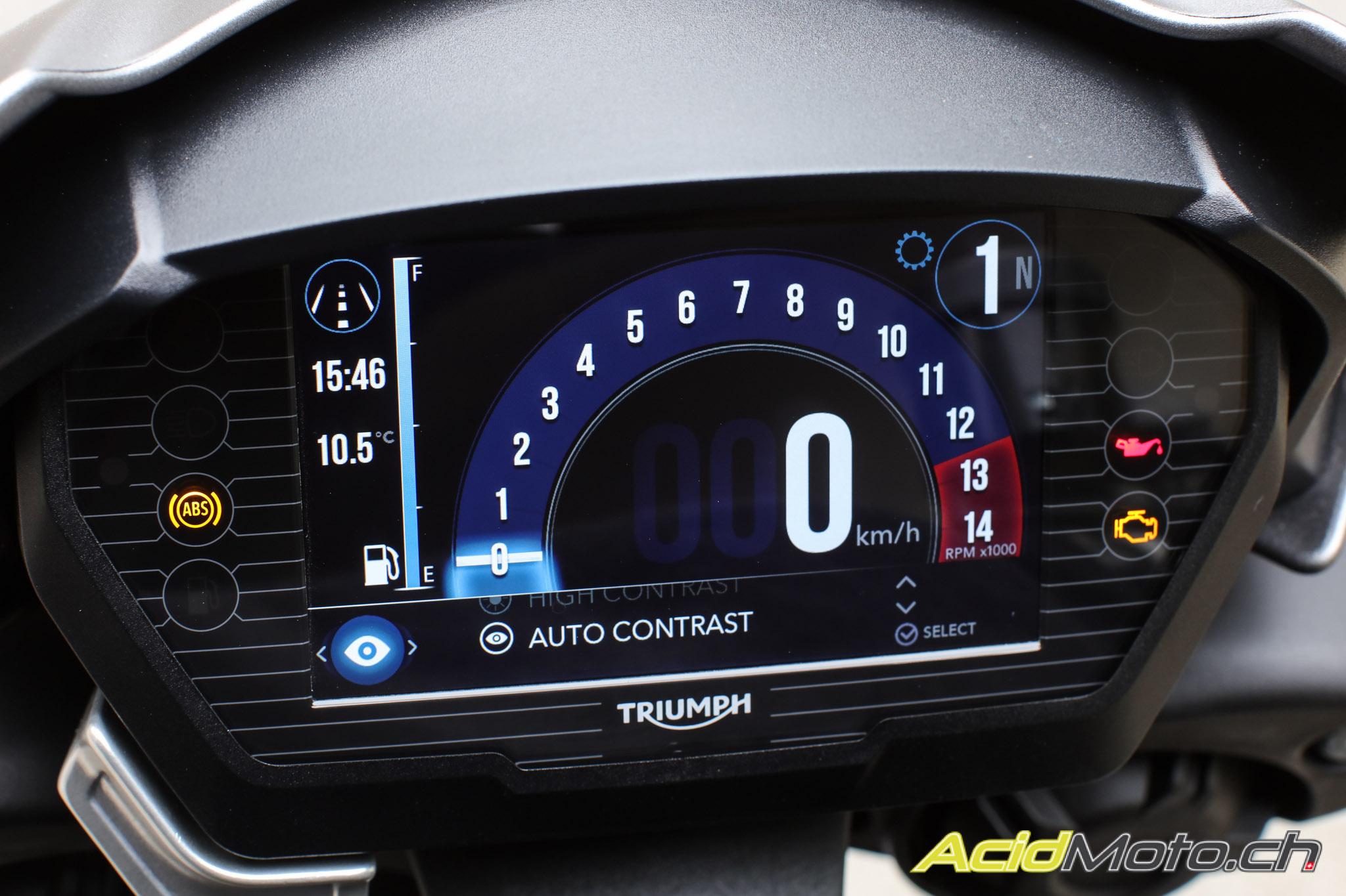 Fahrbericht Triumph Street Triple Rs Das Vorbild Geht In Eine