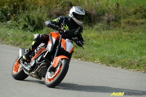 KTM Super Duke R hill climb Verbois 2015