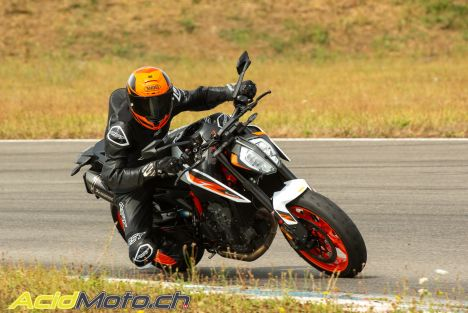 Essai KTM 890 Duke R - Super Scalpel, mais pas Super Duke