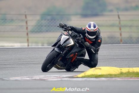 Essai KTM 1290 Super Duke R 2020 « THE BEAST 3.0 », le label de la Bête