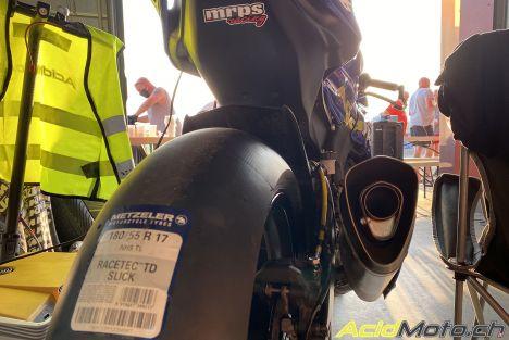 Metzeler Racetec Slick TD - Même un amateur le chauffe en 2 tours