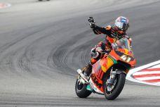 Moto2 à Valence - Brad Binder prive Tom Lüthi du titre de vice-champion du monde