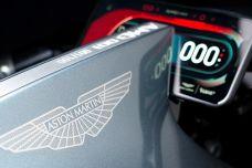 """EICMA 2019 - Aston Martin a présenté sa première moto """"AMB 001"""""""