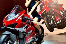 Ducati Superleggera V4 Project 1708 – Place aux chiffres et ça pique