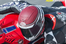 Essai à plus de 299km/h du casque Bell Race Star Flex DLX