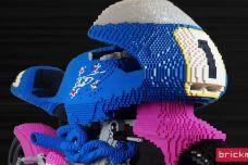 """Une Britten V1000 en Lego - Ryan McNaught """"Brickman"""" livre sa dernière réalisation"""