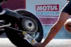 MV Agusta relève le défi du «Bottle Cap Challenge»