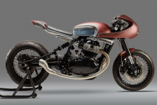 "La Royal Enfield Cafe Racer ""The 30"" de Krom Works"