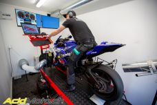 Reportage - Reprogrammation Woolich Racing chez GBK Motos à Gland