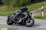 Ducati Diavel Dark - Elle a bouffé une Superbike