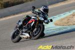 Essai Triumph Speed Triple R 2016 - Une mise à jour sérieuse pour le roadster à succès