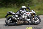 BMW S1000R - BMW enfile un string à sa sportive