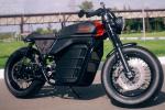 Kalashnikov Café Racer - Une moto électrique qui ne sentira pas la poudre